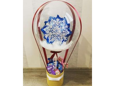 Коробка со сладостями и шаром Бабл